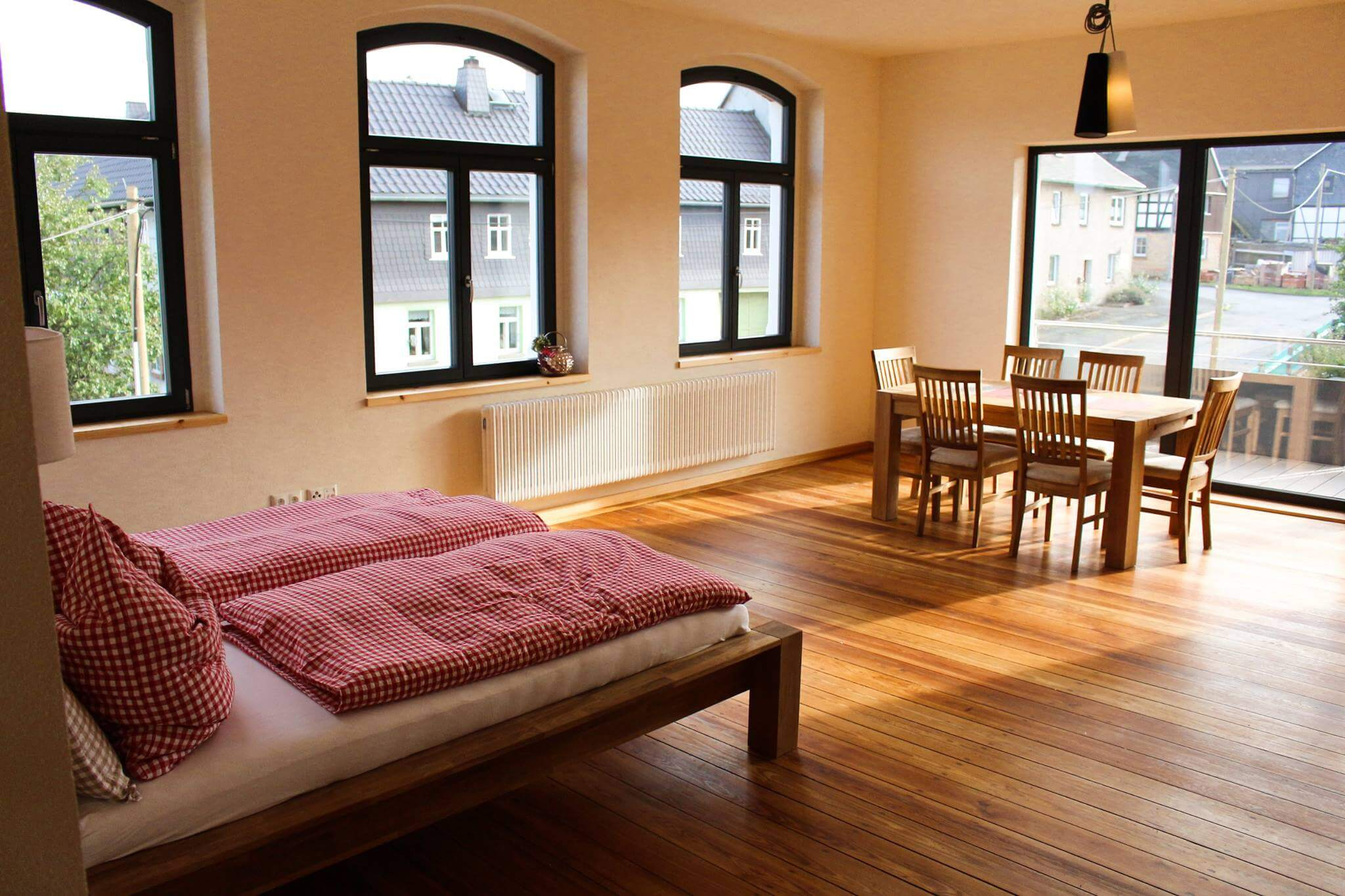 Hotel Turmschule Zeulenroda Klassenzimmer 03, Innen