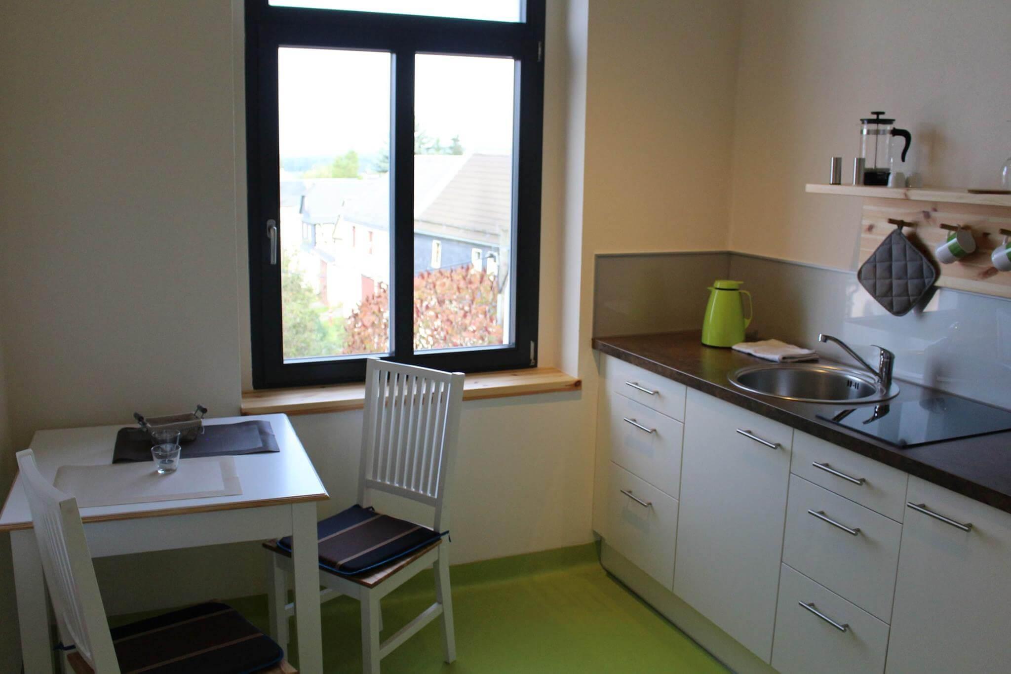 Hotel Turmschule Zeulenroda Klassenzimmer 04, Küche
